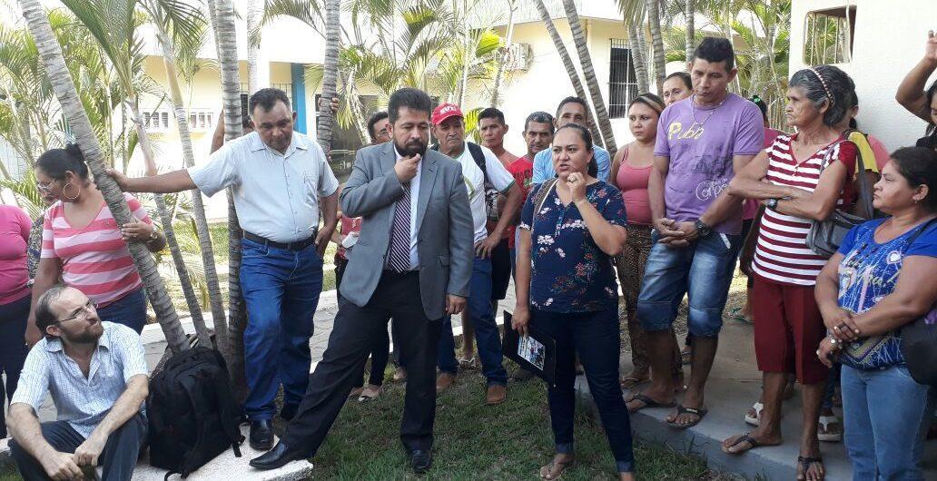 18/10/17 - Movimento pelo arquivamento do PL 1621/2017 é atendido do lado de fora